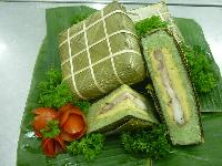 Square cake (Banh Chung) for Tet of Vietnamese